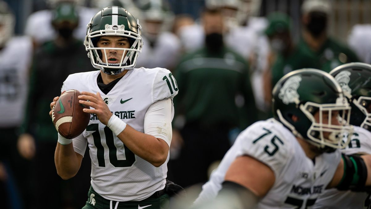 College Football Betting Pace Report: The Week 6 Over/Unders to Watch article feature image