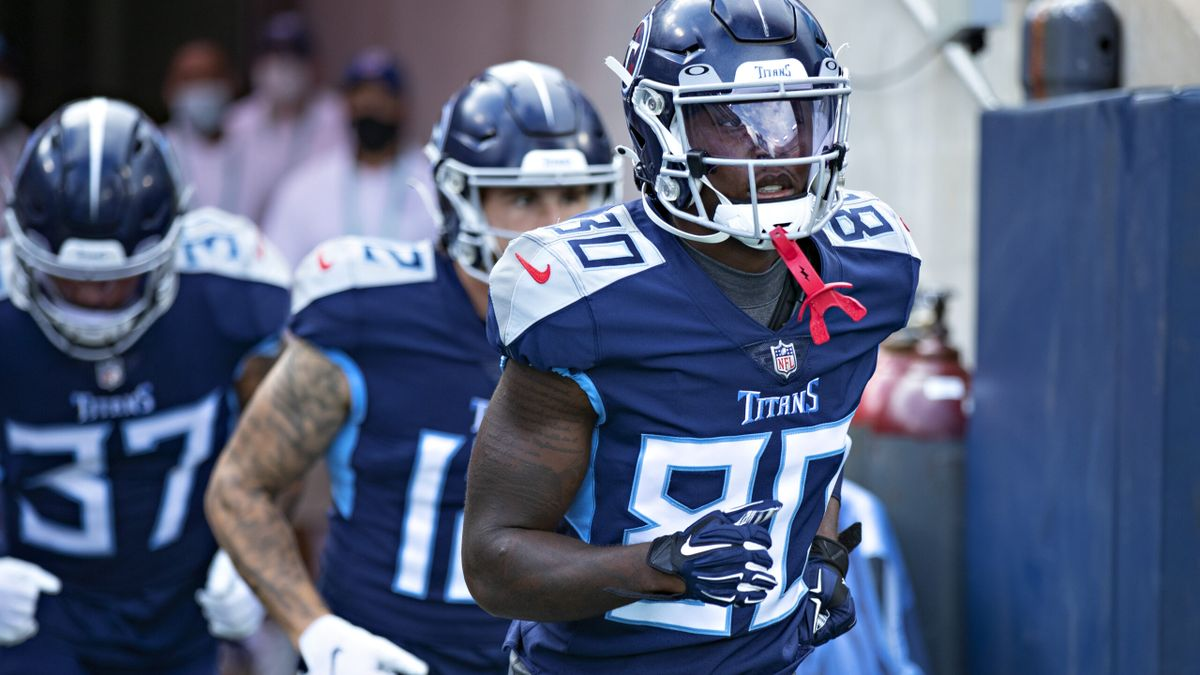 A.J. Brown & Julio Jones Fantasy Replacements? Titans WRs Chester Rogers, Nicholas Westbrook-Ikhine Get Boosts article feature image