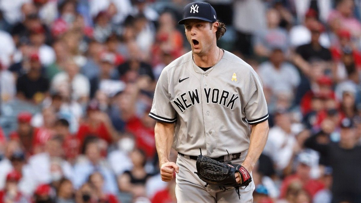 AL Wild Card Game Odds & Picks for Yankees vs. Red Sox: 3 Best Bets for Tuesday's Matchup (October 5) article feature image