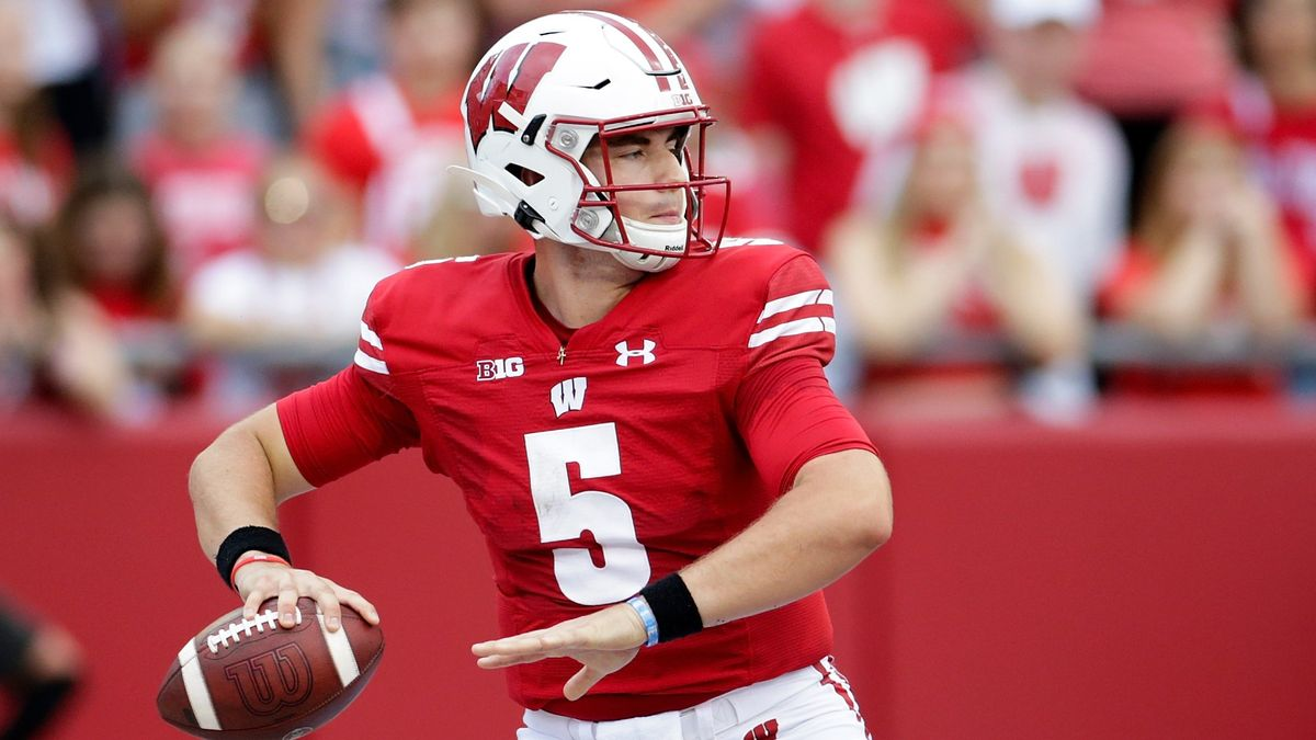 Week 6 College Football Betting Notes & News: Breaking Down Early-Week Odds & Key Injury Updates article feature image