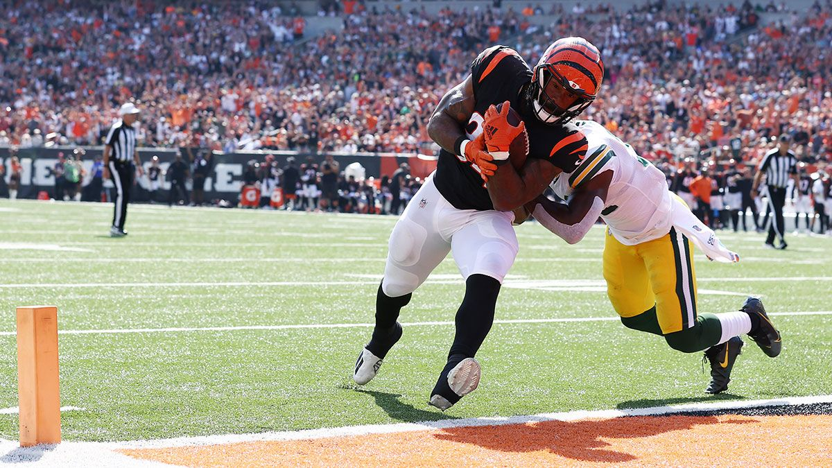 Week 6 Waiver Wire Adds: Samaje Perine, Devontae Booker, More Running Backs to Target article feature image