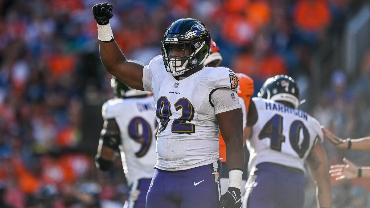 Colts vs. Ravens NFL Odds, Betting Prediction: Big Money Moving Monday Night Football Line article feature image