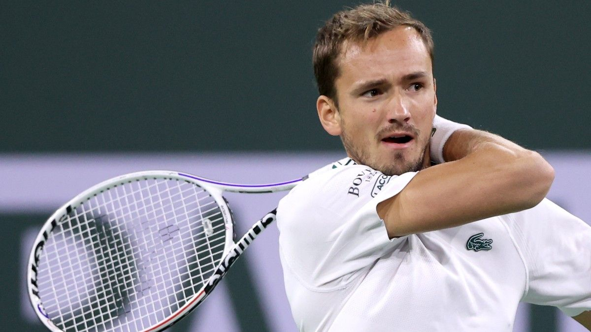 Wednesday BNP Paribas Open Tennis Betting Odds, Picks, Predictions: Early Best Bets, Including Daniil Medvedev (Oct. 13) article feature image