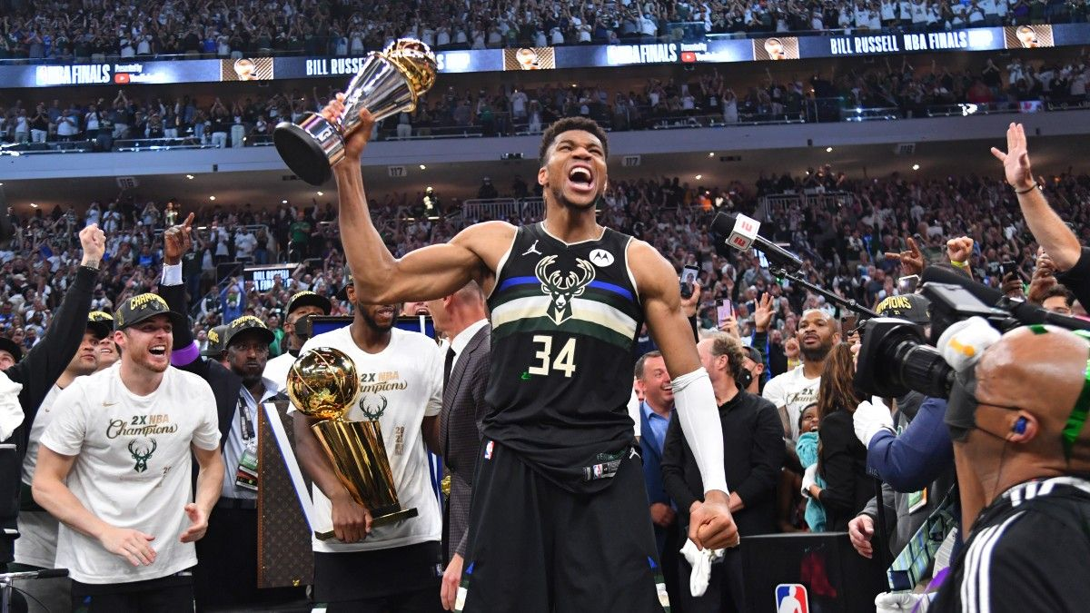 Milwaukee Bucks NBA Win Total Odds & Pick: Will Giannis Antetokounmpo & the Reigning Champions Coast? article feature image