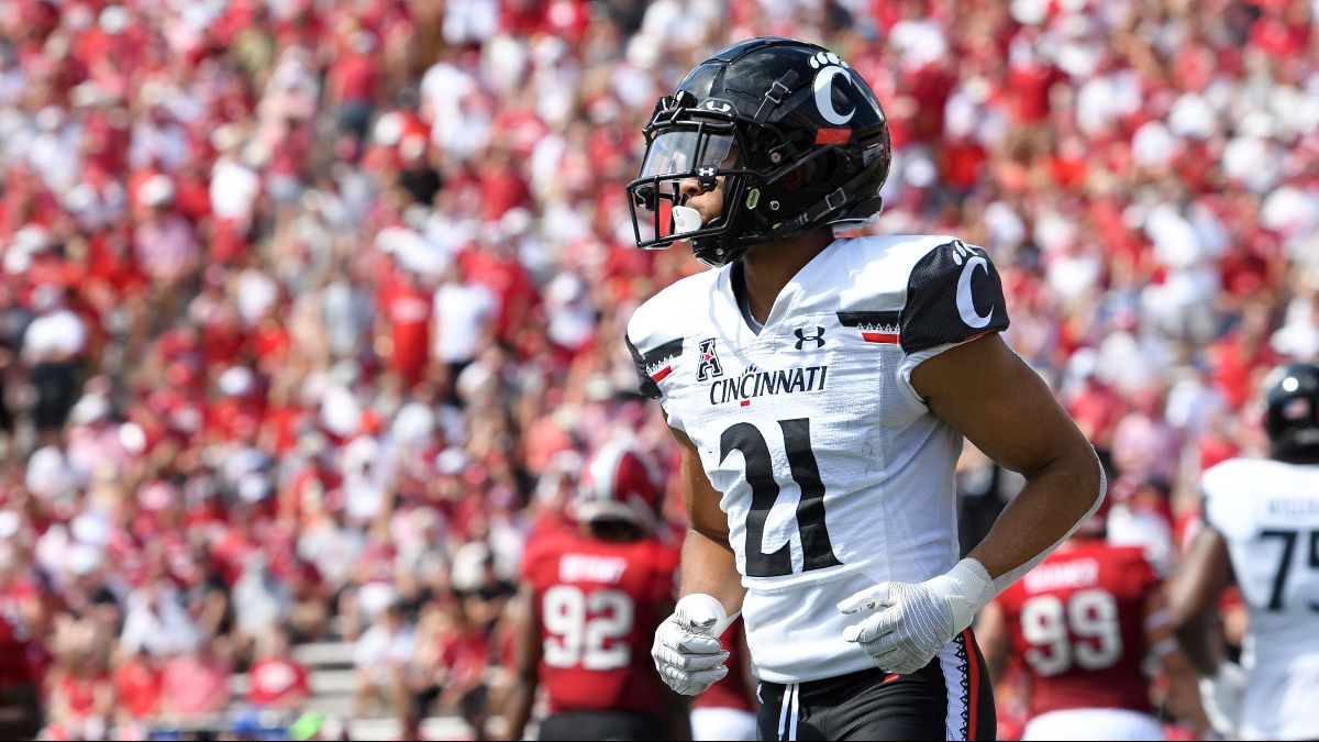 Cincinnati vs. Temple Promo: Bet $10, Win $200 if Either Team Scores a Touchdown! article feature image