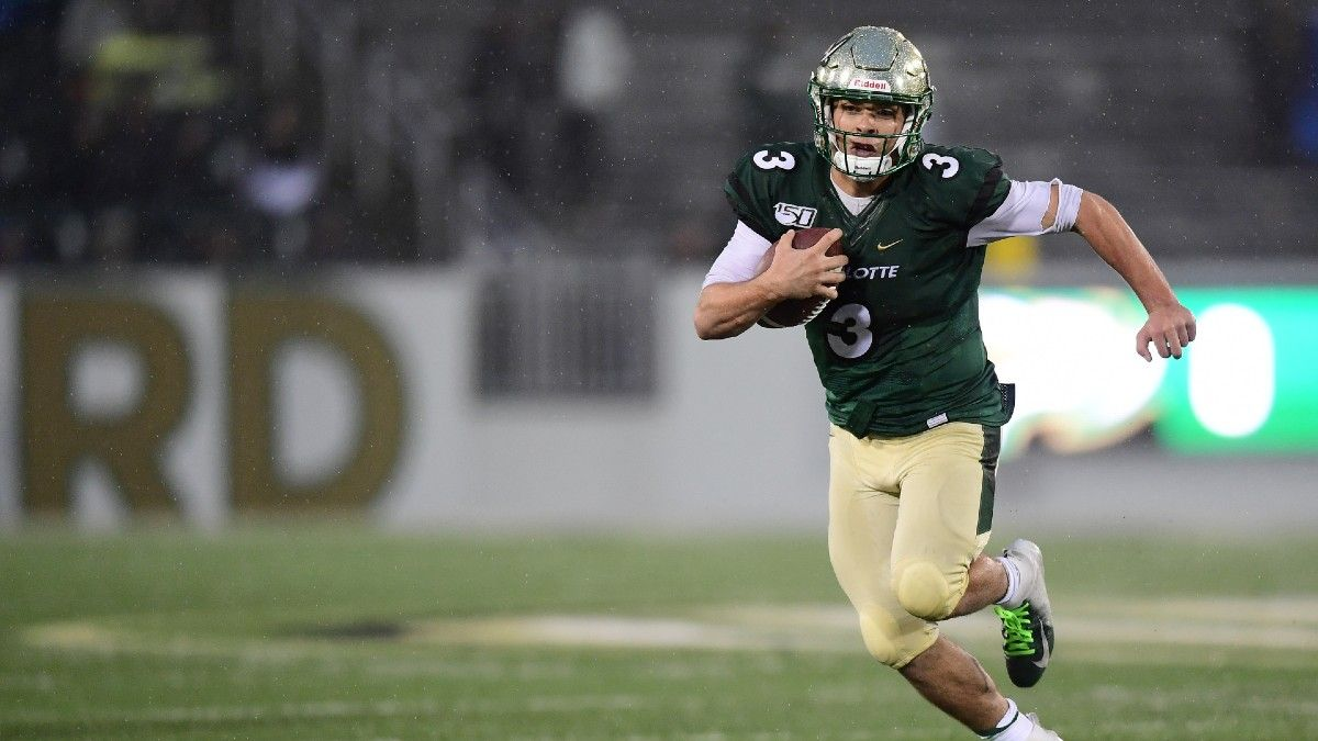 Charlotte vs. FIU Odds, Picks, Predictions: The Bet to Make for Friday's College Football Matchup (October 8) article feature image