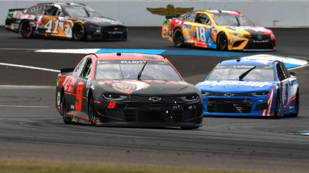 NASCAR at Charlotte Odds, Betting Pick: Price Is Key for Kyle Larson vs. Chase Elliott in Bank of America ROVAL 400 article feature image
