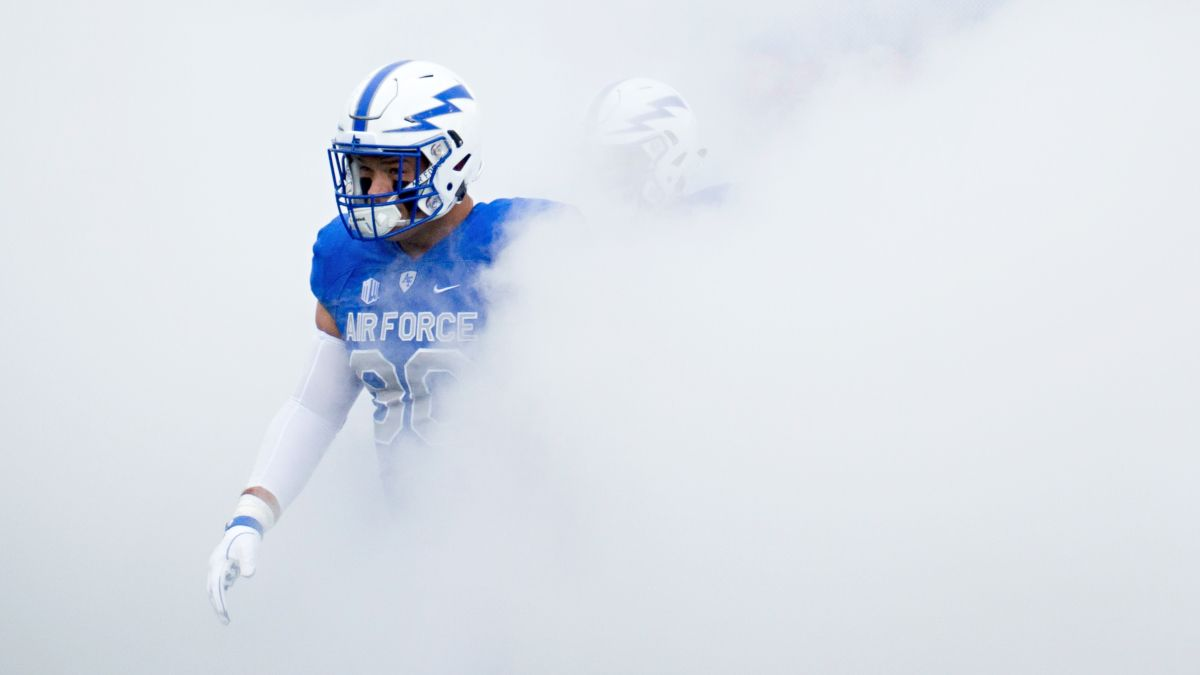 Week 6 College Football Odds, Best Bets: Our Top Picks for Saturday Evening Kickoffs, Including Air Force vs. Wyoming article feature image