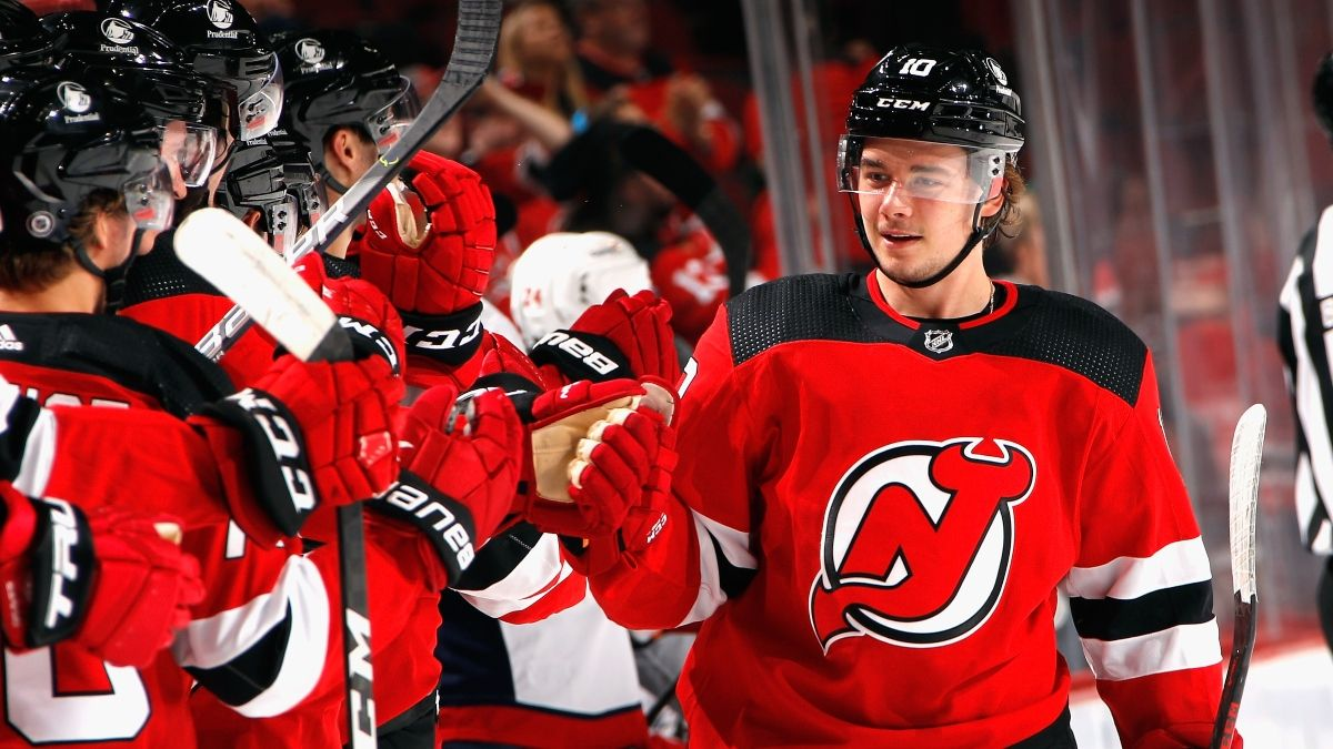 Devils vs. Blackhawks Odds, Promo: Bet $1, Win $100 on a Devils Goal! article feature image