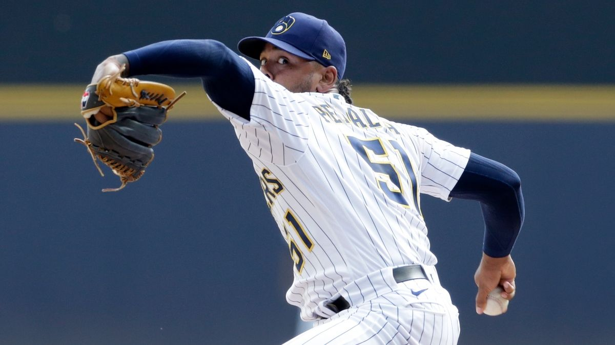 Monday MLB Odds, Picks, Predictions: Sharp Action Moves Brewers vs. Braves Moneyline for Game 3 article feature image