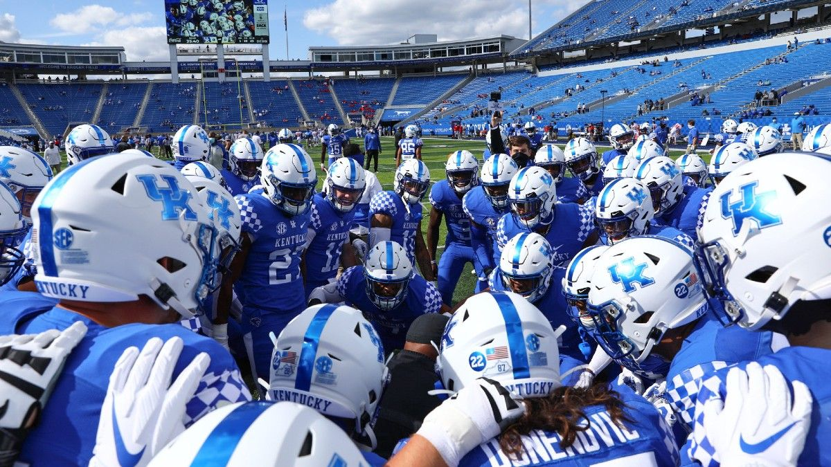 College Football Rankings for Week 7: Brett McMurphy's AP Top 25 Poll Ballot vs. Our Betting Power Ratings article feature image