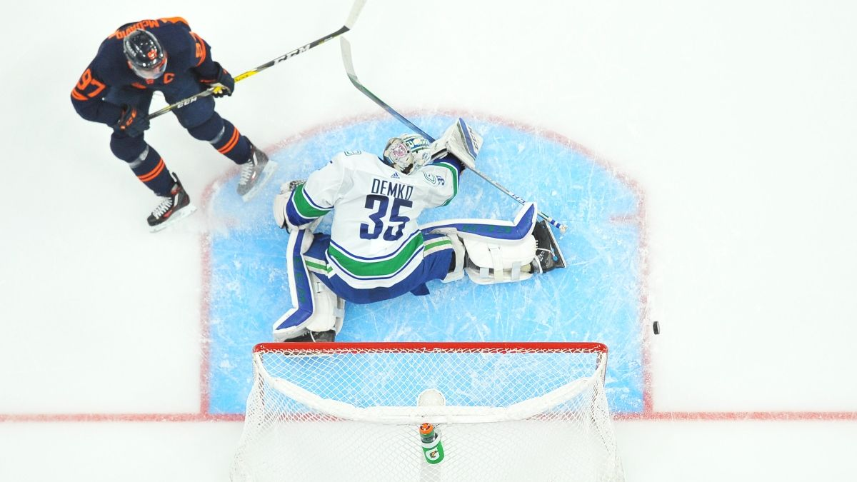 Canucks vs. Oilers Odds, Picks, Preview: Can McDavid Lead Edmonton Past Vancouver? (October 13) article feature image