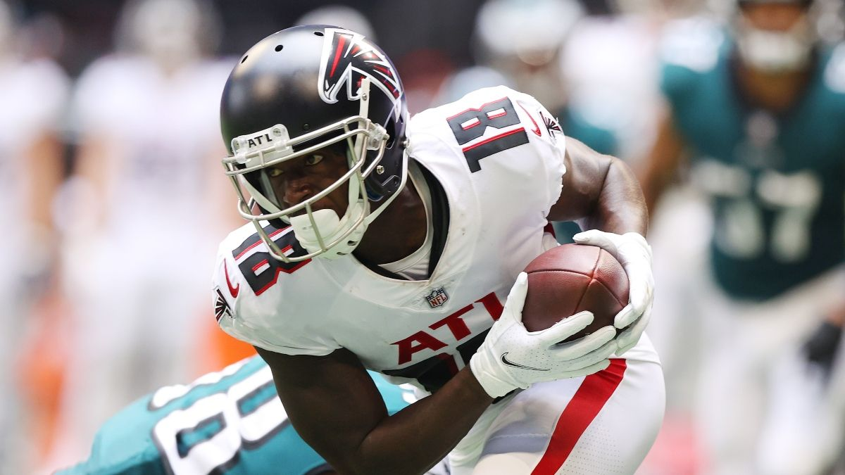 NFL Prop Picks For Week 4: Tom Brady, Calvin Ridley, Aaron Jones & More PrizePicks Plays For Sunday article feature image