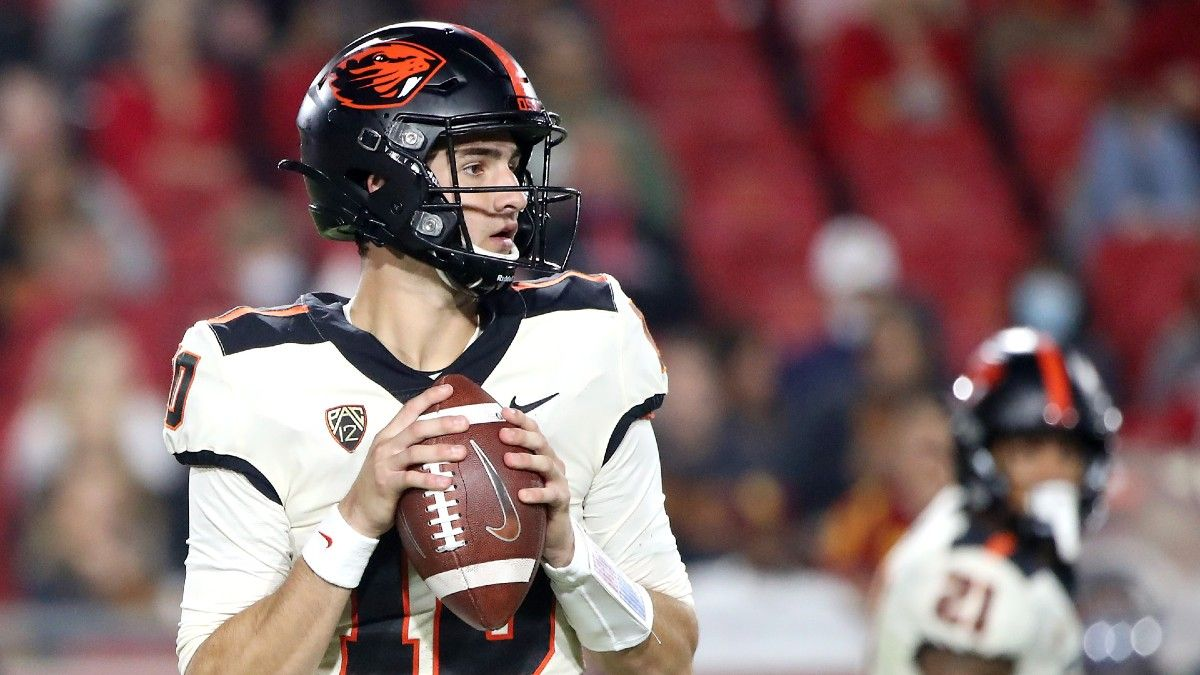 College Football Odds, Picks, Predictions for Washington vs. Oregon State: Beavers to Get Revenge? article feature image