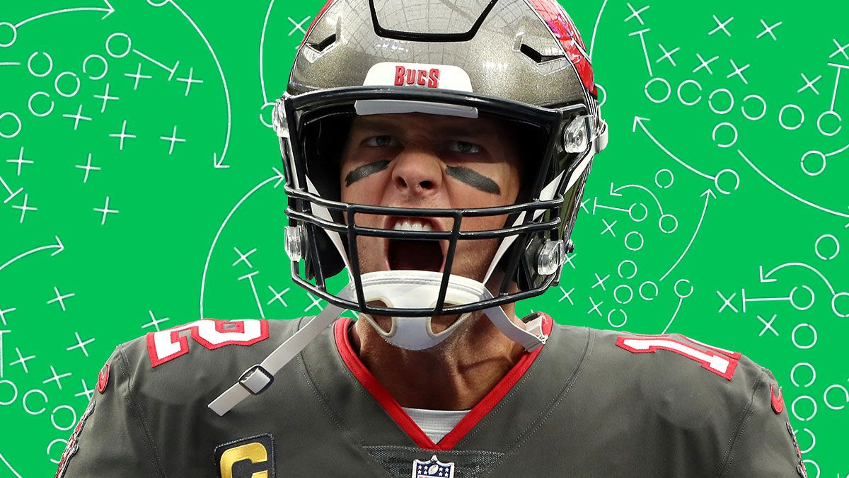 Patriots vs. Bucs Props: Bet On Tom Brady To Go Over This Prop As He Seeks To Break Drew Brees' Record on SNF article feature image