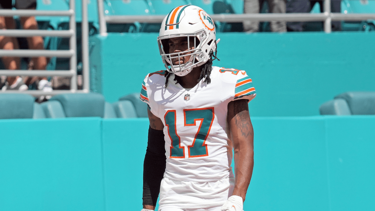 Jaylen Waddle Fantasy Football Advice With DeVante Parker Out article feature image