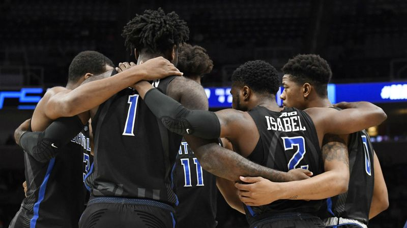 Our Staff's 6 Favorite College Basketball Bets for Saturday article feature image
