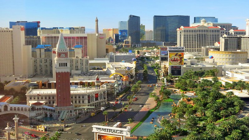 Joffe: Never Spend a Week in Vegas article feature image