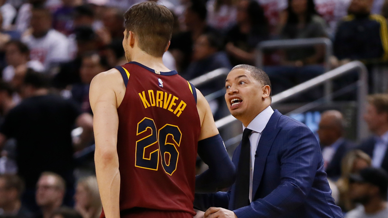 3 NBA Props for Tuesday: Korver Over/Under 10.5 Points? article feature image