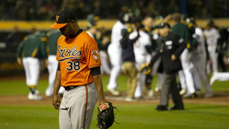 Late Night Sweats: Gausman Gem Khrushed in Extras article feature image