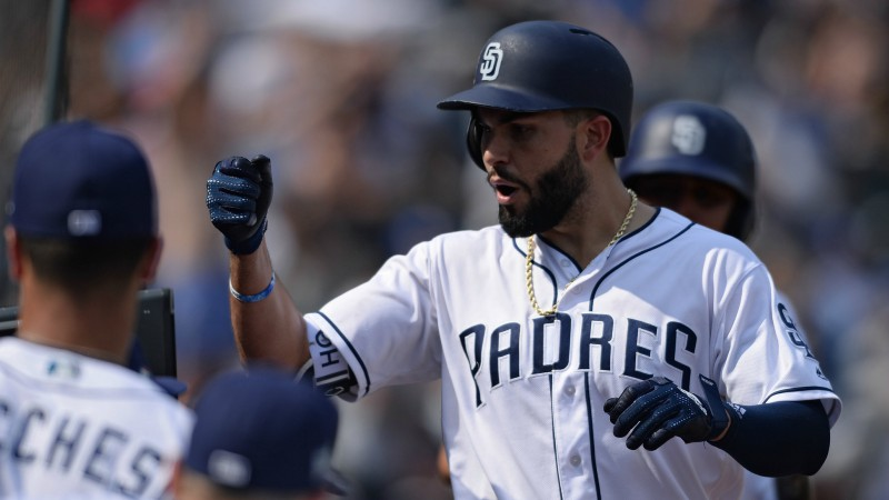 Tuesday Sharp Report: Pros Betting Padres-Mets, Three Other Games article feature image