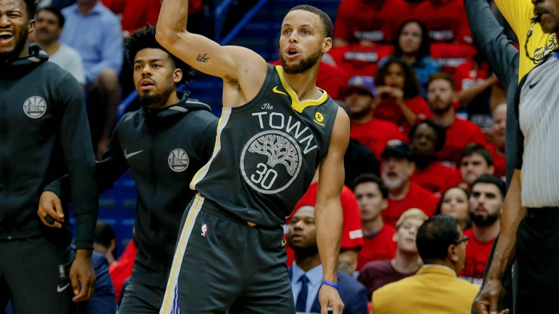 3 NBA Props for Tuesday: Curry Over/Under 4.5 Assists? article feature image