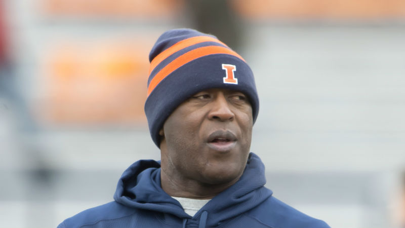 Illinois 2018 Betting Preview: New QB, Up-Tempo System Could Save Illini article feature image