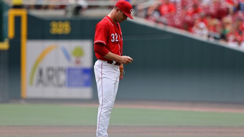 Saturday's MLB Over/Under: Will Trade Rumors Fuel Matt Harvey? article feature image