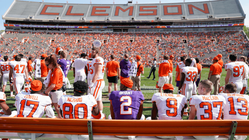 Thursday's Lead: Bets to Consider for All 130 College Football Teams article feature image