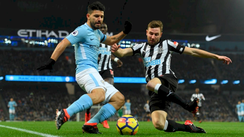 Premier League Week 4: Fading a Trendy Underdog and Over/Under article feature image