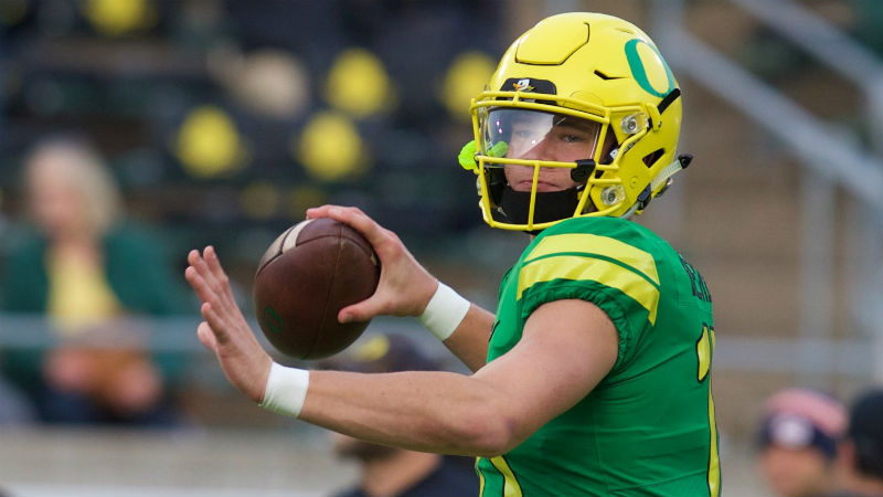 Oregon 2018 Betting Preview: Ducks Have Too Much To Overcome article feature image