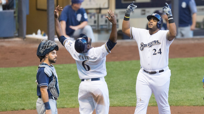 Red Sox, Brewers Lead Wednesday's Most Popular MLB Bets article feature image