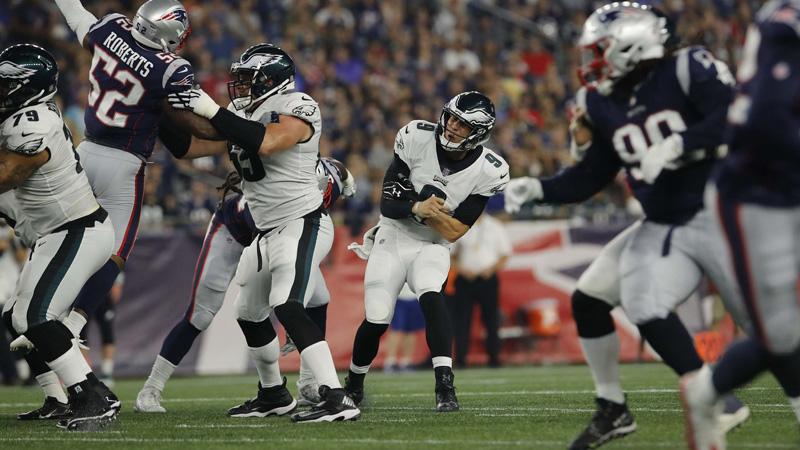 Sportsbooks Expressing Concern over Nick Foles' Injured Shoulder article feature image