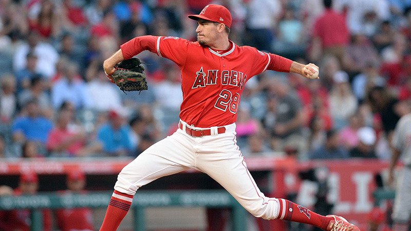 Monday's MLB Over/Under: Heaney Leads the Angels Against the Padres article feature image