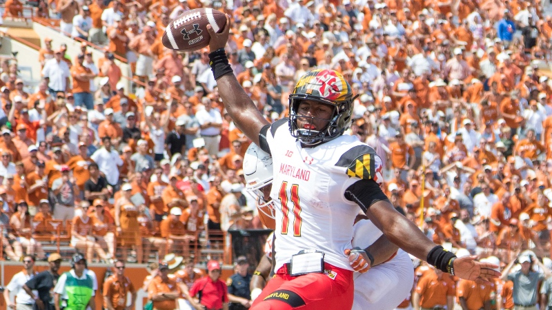 College Football Betting Tips: Ranked Teams Are Overvalued Early article feature image