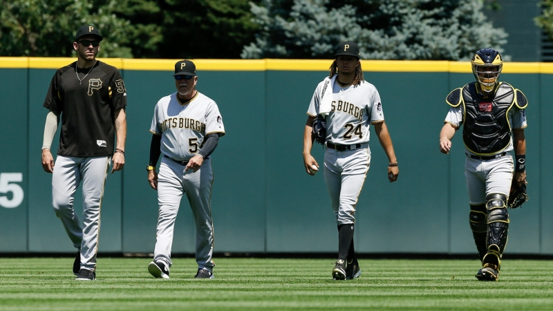 Monday Sharp Report: Pros Betting Braves-Pirates, Two Other Games article feature image