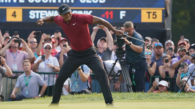 Sobel: Tiger Woods' Vintage Sunday Puts the Golf World on Notice article feature image