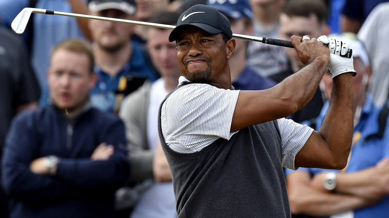 Sharps Betting on Tiger Woods to Beat Phil Mickelson in Big-Money Match article feature image