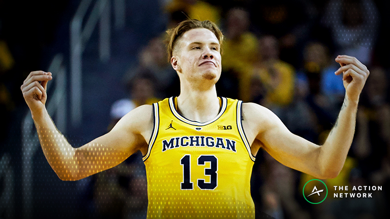 Tuesday's NCAAB Betting Previews: Notre Dame-Oklahoma, Michigan-Northwestern article feature image