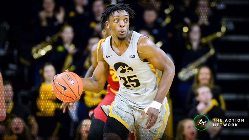CBB Sharp Report: How Pros Are Betting UNI-Iowa, 2 Other Saturday Games article feature image