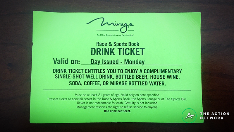 Cheap Drinking in Las Vegas: A Sports Bettor's Guide to Free Booze in Sin City article feature image