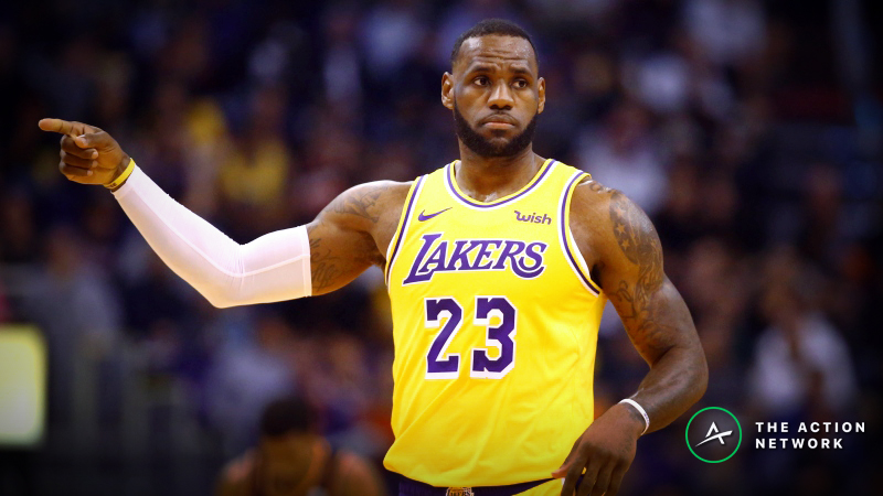Clippers-Lakers Betting Preview: Will LeBron Finally Turn Things Around? article feature image