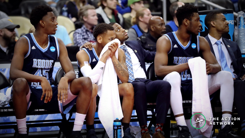 CBB Sharp Report: Pros Betting Rhode Island-Dayton, 2 Other Friday Games article feature image