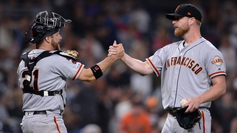 MLB Sharp Report: Pros Betting Cardinals-Giants, 2 More Friday Games article feature image