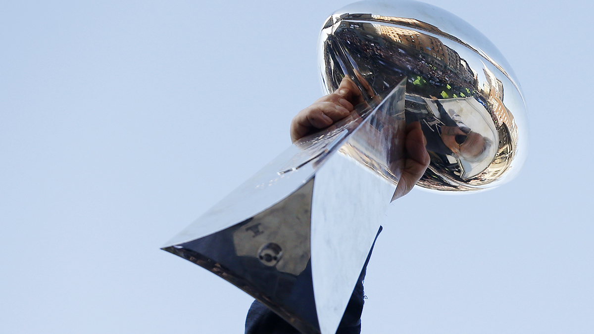 The Complete Betting History of the Super Bowl article feature image