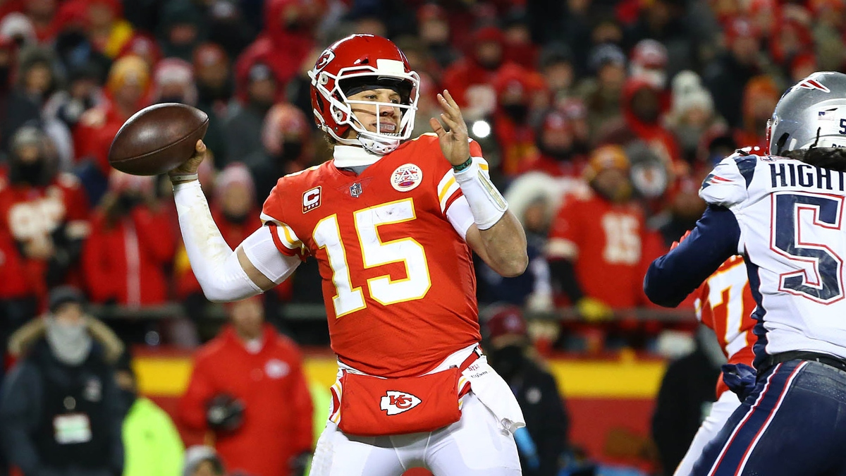 Week 14 NFL Betting Odds: Spreads & Over/Unders for Every Game article feature image