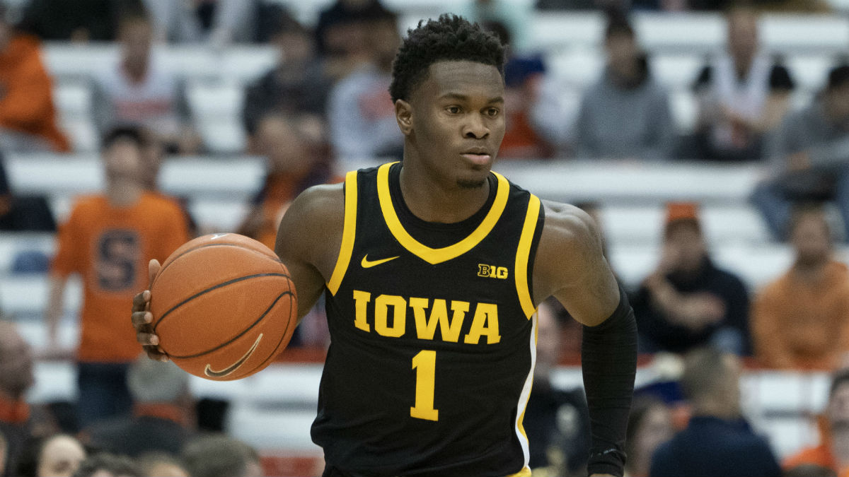 Friday College Basketball Odds & Picks: Penn-Princeton, Maryland-Iowa article feature image