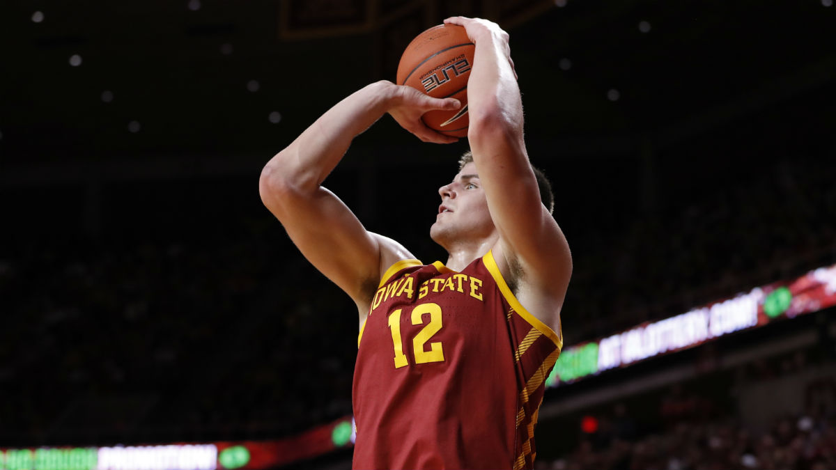 College Basketball Betting Picks: Our Staff's 4 Favorite Saturday Bets (January 11, 2020) article feature image