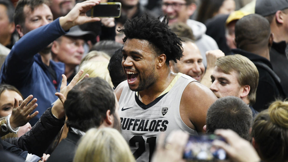 Thursday College Basketball Betting Odds & Picks: UNC Wilmington vs. Hofstra, Arizona State vs. Colorado article feature image