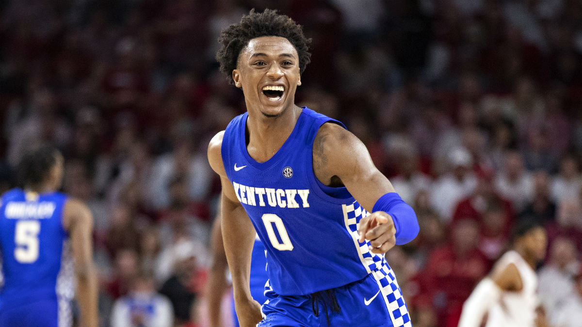 Tuesday College Basketball Betting Odds & Picks: Kentucky vs. Georgia, Clemson vs. Wake Forest article feature image